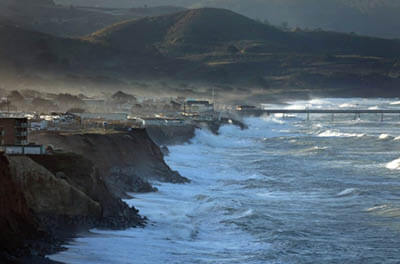 Large waves pummel the coast of Pacifica