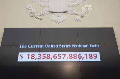 Graphic showing the current national debt